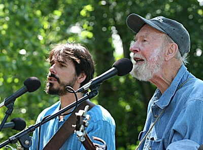 spook-and-pete-seeger